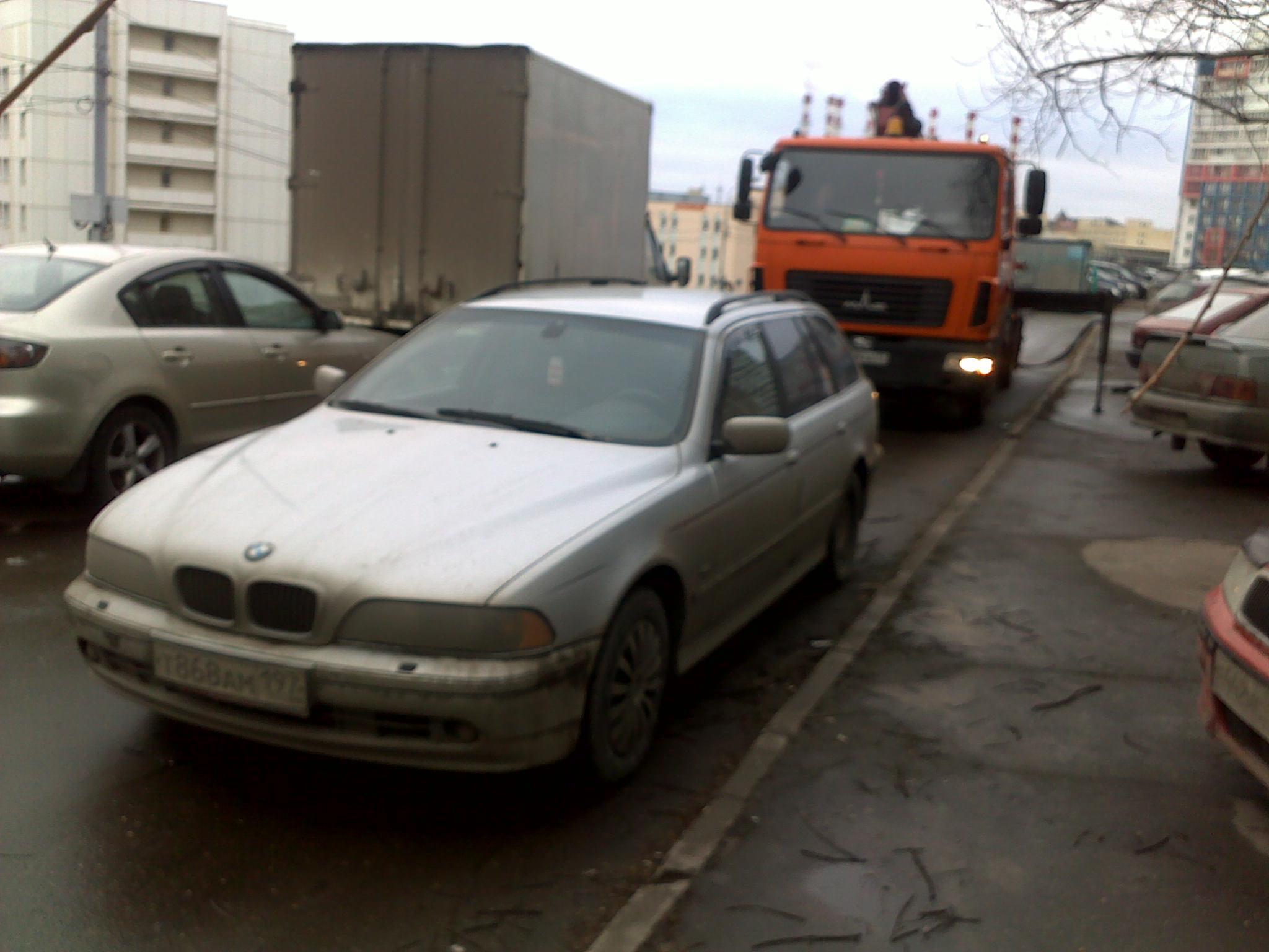 Фото-фиксация (фото 5) момента попытки должностных лиц правительства Москвы злоупотребления юридическими полномочиями.