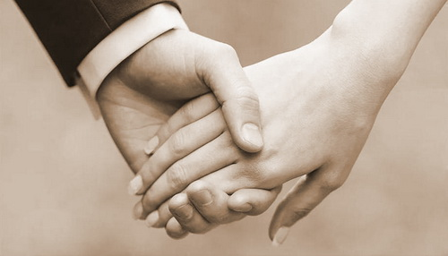 Официально зарегистрированный брак экономит семейный бюджет – можно получить вычет за лечение супруга