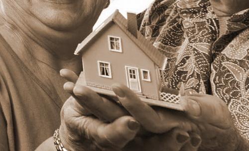 Если Ваш отец приобрел квартиру, Вы не сможете оформить налоговый вычет по покупке этой квартиры